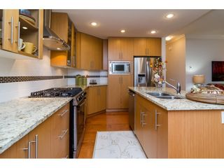 """Photo 6: 204 16433 64 Avenue in Surrey: Cloverdale BC Condo for sale in """"St. Andrews"""" (Cloverdale)  : MLS®# R2123466"""
