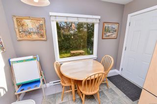 Photo 28: 1729/1731 Bay St in : Vi Jubilee Full Duplex for sale (Victoria)  : MLS®# 874491