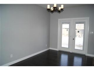 Photo 6: 631 Redwood Crescent: Warman Single Family Dwelling for sale (Saskatoon NW)  : MLS®# 381804