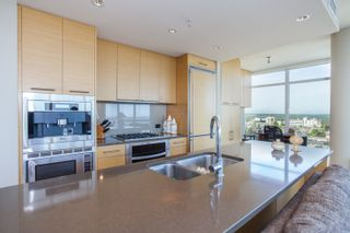 """Photo 16: 1301 1473 JOHNSTON Road: White Rock Condo for sale in """"Miramar Towers"""" (South Surrey White Rock)  : MLS®# R2174785"""