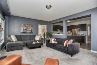 Photo 10: 115 Sharplin Drive in Ajax: South East House (2-Storey) for sale : MLS®# E4236384