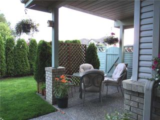 """Photo 10: 43 1255 RIVERSIDE Drive in Port Coquitlam: Riverwood Townhouse for sale in """"RIVERWOOD GREEN"""" : MLS®# V901232"""