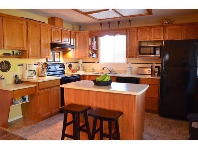 Photo 3: Photos: 5880 WILKINS DR in Sardis: Sardis West Vedder Rd House for sale : MLS®# H2150371
