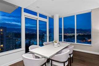 """Photo 6: 2501 620 CARDERO Street in Vancouver: Coal Harbour Condo for sale in """"Cardero"""" (Vancouver West)  : MLS®# R2565115"""