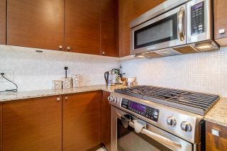"Photo 5: 1709 110 BREW Street in Port Moody: Port Moody Centre Condo for sale in ""Aria 1"" : MLS®# R2622194"