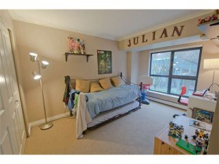 """Photo 7: 301 1177 PACIFIC Boulevard in Vancouver: Yaletown Condo for sale in """"Pacific Point"""" (Vancouver West)  : MLS®# V1054200"""