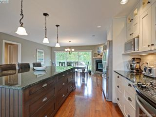 Photo 9: 4902 Alamida Cres in VICTORIA: SE Cordova Bay House for sale (Saanich East)  : MLS®# 763407