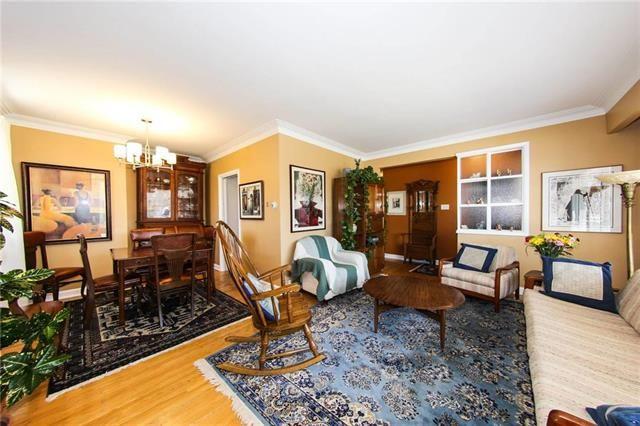 Photo 13: Photos: 37 St Vital Road in Winnipeg: Residential for sale (2C)  : MLS®# 1909617