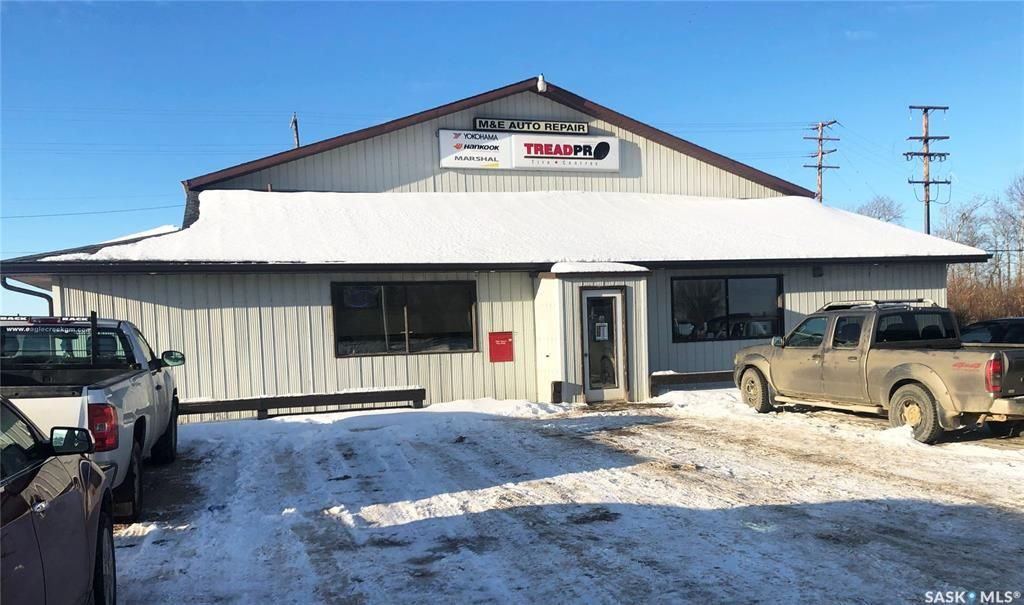 Main Photo: 317 9th Street North in Meadow Lake: Commercial for sale : MLS®# SK837903