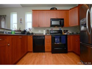 Photo 8: 998 Wild Pond Lane in VICTORIA: La Happy Valley House for sale (Langford)  : MLS®# 733057