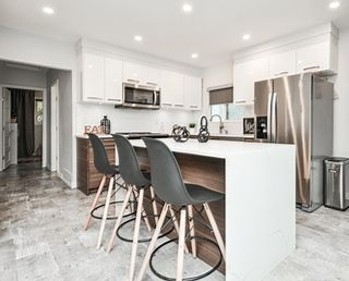 Photo 2: 5002 MANOR Street in Vancouver: Collingwood VE House for sale (Vancouver East)  : MLS®# R2625089