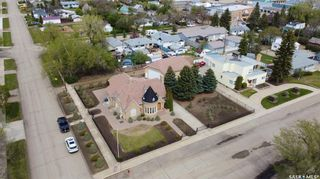 Photo 2: 125 2nd Avenue West in Gravelbourg: Residential for sale : MLS®# SK832047