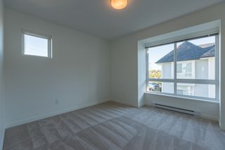 """Photo 10: 74 8476 207A Street in Langley: Willoughby Heights Townhouse for sale in """"YORK by Mosaic"""" : MLS®# R2108289"""