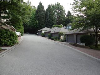 """Photo 13: 8840 FINCH Court in Burnaby: Forest Hills BN Townhouse for sale in """"PRIMROSE HILL"""" (Burnaby North)  : MLS®# V1075894"""