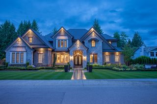 """Photo 1: 20419 93A Avenue in Langley: Walnut Grove House for sale in """"Walnut Grove"""" : MLS®# F1415411"""