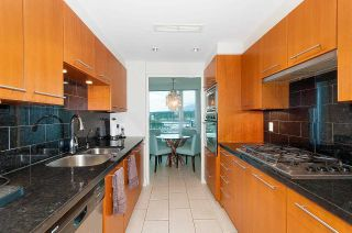 """Photo 10: 607 323 JERVIS Street in Vancouver: Coal Harbour Condo for sale in """"ESCALA"""" (Vancouver West)  : MLS®# R2593868"""