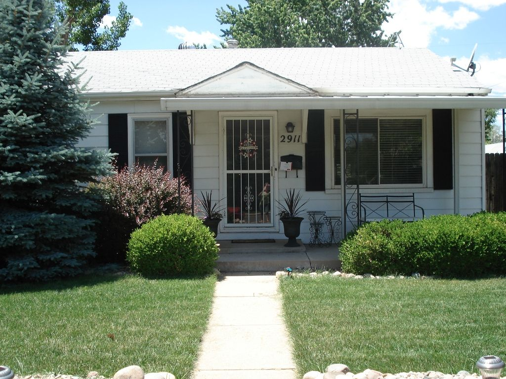Main Photo: 2911 S. Logan Street in Englewood: House for sale : MLS®# 1064056