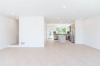 Photo 10: 47 3597 MALSUM DRIVE in North Vancouver: Roche Point Townhouse for sale : MLS®# R2483819
