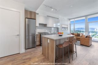 Photo 1: 2503 258 NELSON'S Court in New Westminster: Sapperton Condo for sale : MLS®# R2498253