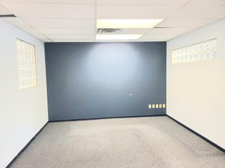 """Photo 11: 205 2922 GLEN Drive in Coquitlam: Central Coquitlam Office for lease in """"Coquitlam Square"""" : MLS®# C8039191"""