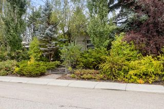 Photo 2: 3304 Barr Road NW in Calgary: Brentwood Detached for sale : MLS®# A1146475