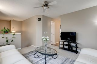 Photo 5: 144 Somerside Close SW in Calgary: Somerset Detached for sale : MLS®# A1093207