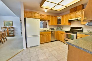 """Photo 11: 210 19645 64 Avenue in Langley: Willoughby Heights Condo for sale in """"Highgate Terrace"""" : MLS®# R2455714"""