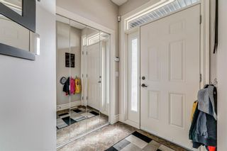 Photo 2: 7736 46 Avenue NW in Calgary: Bowness Semi Detached for sale : MLS®# A1114150