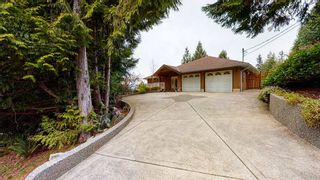 "Photo 1: 5827 DEERHORN Drive in Sechelt: Sechelt District House for sale in ""Sandy Hook"" (Sunshine Coast)  : MLS®# R2552928"