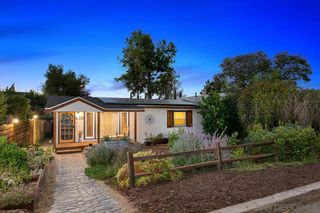 Photo 3: SOUTH ESCONDIDO House for sale : 3 bedrooms : 630 E 4Th Ave in Escondido