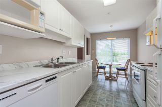 "Photo 7: 404 15885 84 Avenue in Surrey: Fleetwood Tynehead Condo for sale in ""Abbey Road"" : MLS®# R2372241"