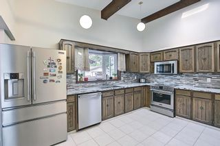 Photo 13: 335 Queensland Place SE in Calgary: Queensland Detached for sale : MLS®# A1137041