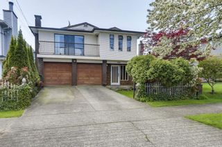 Photo 2: Main - 320 E 34th Avenue, Vancouver BC