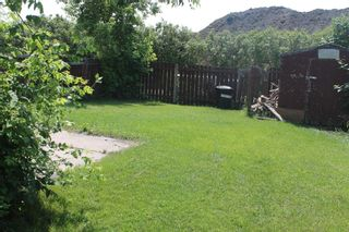 Photo 2: 39 Wells Street: Red Deer Semi Detached for sale : MLS®# A1127321