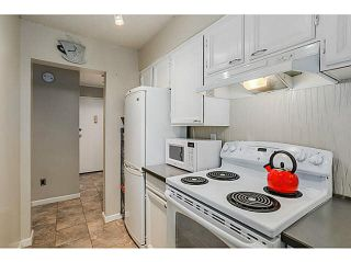 """Photo 7: 210 2120 W 2ND Avenue in Vancouver: Kitsilano Condo for sale in """"ARBUTUS PLACE"""" (Vancouver West)  : MLS®# V1120504"""