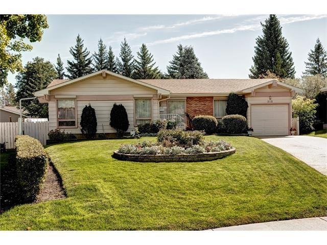 Photo 4: Photos: 210 OAKMOOR Place SW in Calgary: Oakridge House for sale : MLS®# C4091579