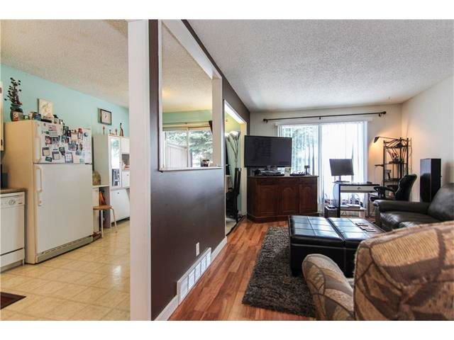Photo 5: Photos: 6139 MADDOCK Drive NE in Calgary: Marlborough Park House for sale : MLS®# C4046134