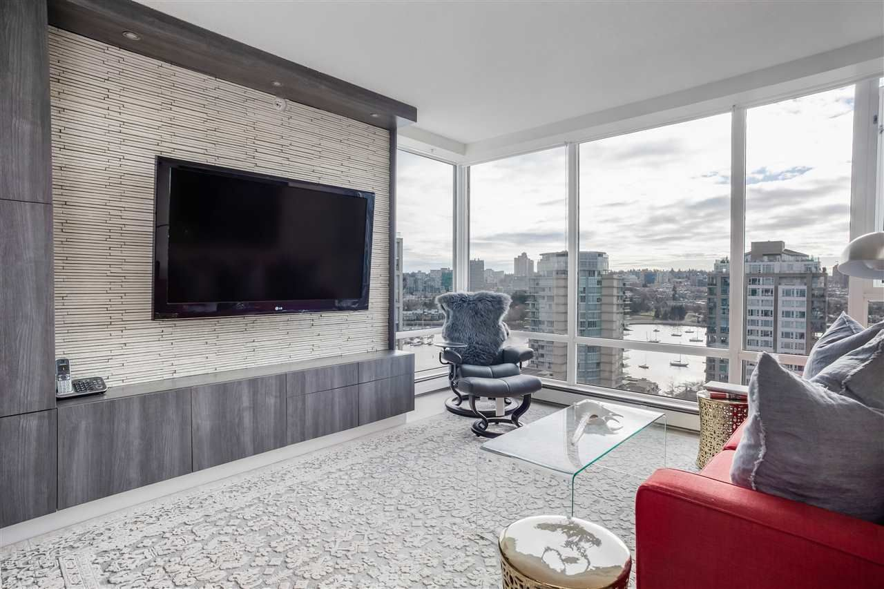 "Main Photo: 2301 1201 MARINASIDE Crescent in Vancouver: Yaletown Condo for sale in ""The Peninsula"" (Vancouver West)  : MLS®# R2540244"