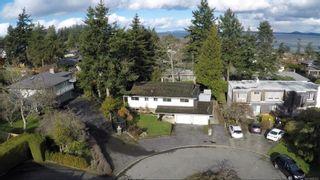 Photo 2: 2058 Saltair Pl in : SE Gordon Head House for sale (Saanich East)  : MLS®# 867531