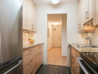 """Photo 17: 104 1930 W 3RD Avenue in Vancouver: Kitsilano Condo for sale in """"THE WESTVIEW"""" (Vancouver West)  : MLS®# R2099750"""