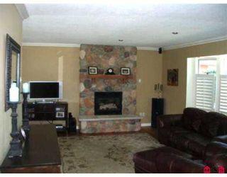 """Photo 3: 14076 17B AV in White Rock: Sunnyside Park Surrey House for sale in """"Sunnyside Park"""" (South Surrey White Rock)  : MLS®# F2619727"""