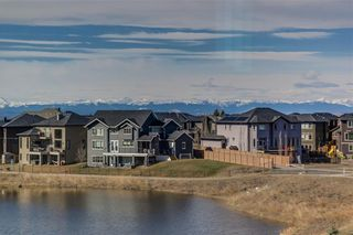 Photo 3: 152 ROCK LAKE View NW in Calgary: Rocky Ridge Detached for sale : MLS®# A1062711