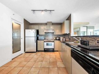 """Photo 9: 2701 1331 ALBERNI Street in Vancouver: West End VW Condo for sale in """"THE LIONS"""" (Vancouver West)  : MLS®# R2576100"""