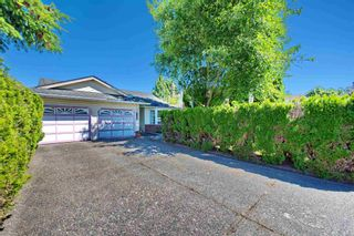 Photo 1: 9136 160A Street in Surrey: Fleetwood Tynehead House for sale : MLS®# R2595266