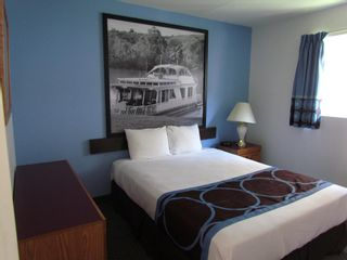 Photo 13: Exclusive Hotel/Motel with property in BC: Business with Property for sale