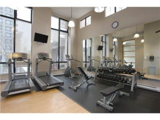 """Photo 9: 1608 909 MAINLAND Street in Vancouver: Yaletown Condo for sale in """"YALETOWN PARK"""" (Vancouver West)  : MLS®# V997068"""