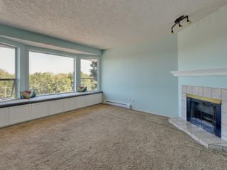 Photo 2: 6668 Rey Rd in Central Saanich: CS Tanner House for sale : MLS®# 886103