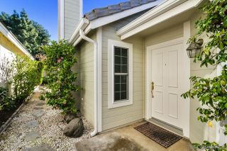 Photo 2: CARMEL MOUNTAIN RANCH House for sale : 3 bedrooms : 10532 Rancho Carmel Dr. in San Diego