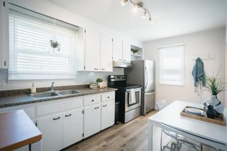 Photo 8: 400 Woodward Avenue in Winnipeg: Residential for sale (1A)  : MLS®# 202113487