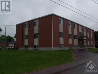 Photo 2: 11 RIVER STREET in Smiths Falls: Multi-family for sale : MLS®# 1258450
